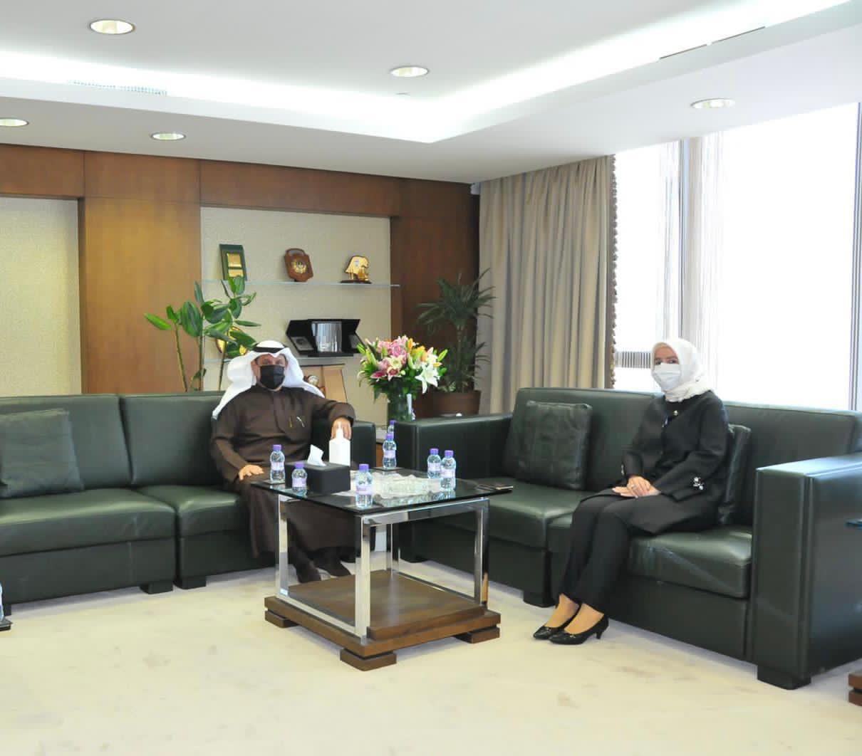 وزير الأوقاف يستقبل السفيرة التركية