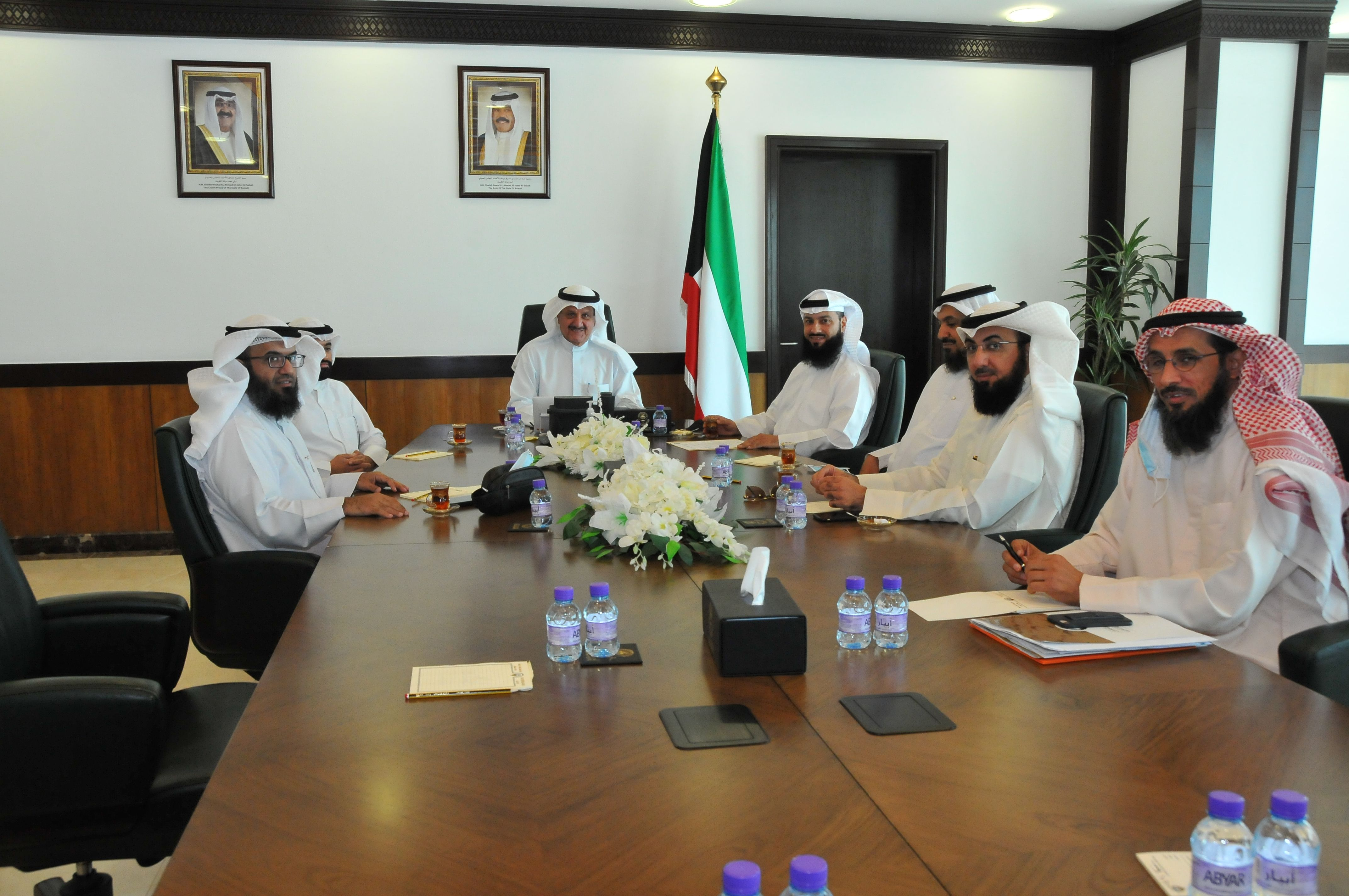 اجتماع وزير الأوقاف مع وفد من كلية الشريعة