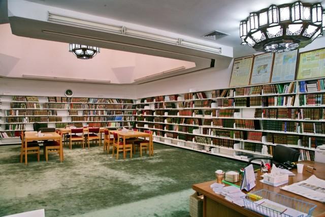 مكتبة مسجد الشيخ-عبدالله المبارك الصباح-ضاحية السر