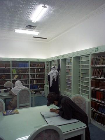 مكتبة مسجد المشاري_JPG