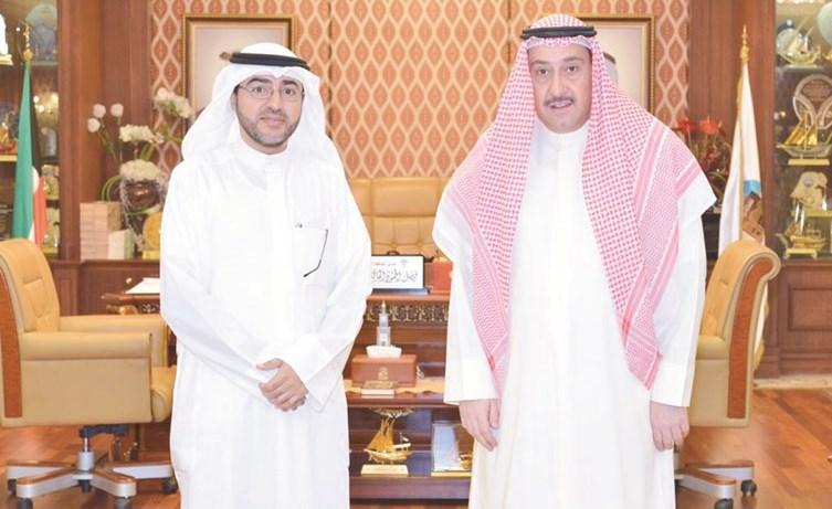 الشيخ فيصل الحمود مستقبلا د.عبدالله الكمالي